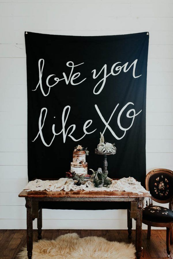 Red Flags to Keep an Eye Out for When Hiring Your Wedding Vendors