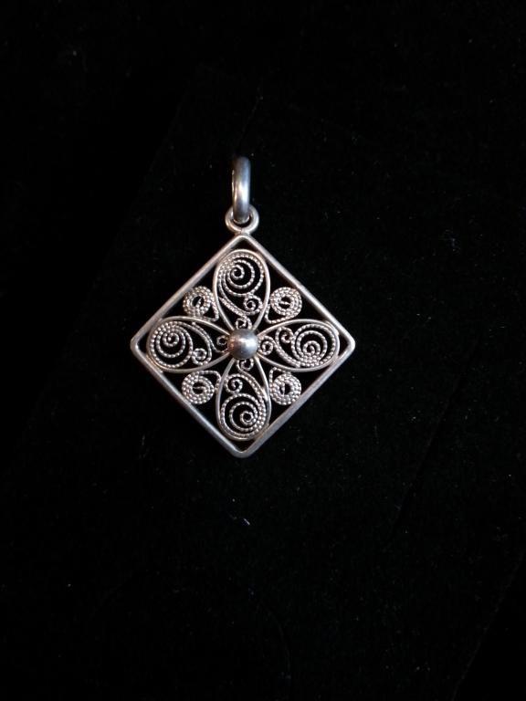 Wisiorek - srebro pr. 0,835 - filigran