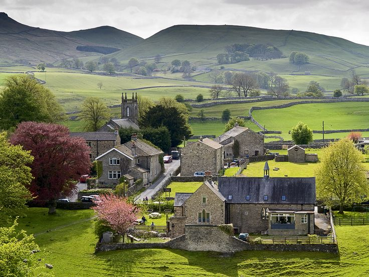 Hebden Village, North Yorkshire, England  <3