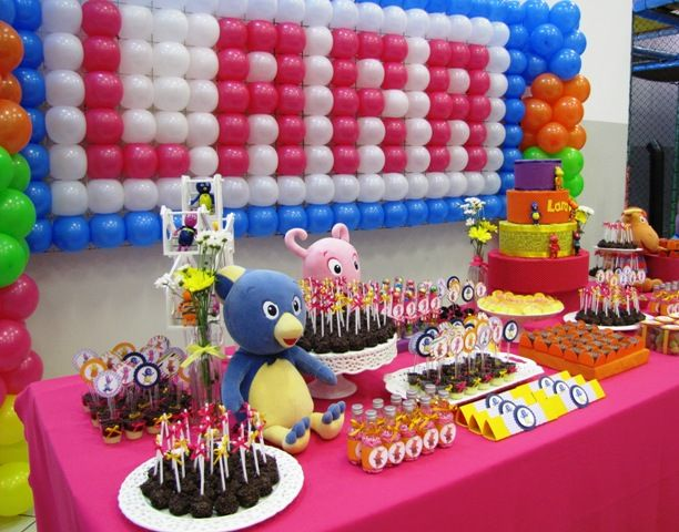 17 best images about backyardigans on pinterest balloon for Backyardigans party decoration