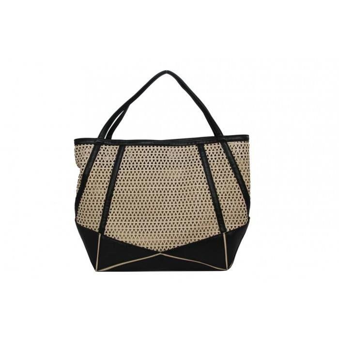 Ażurowe buty i torebki znów są na topie! :) Przedstawiamy ADELE, ażurową torebkę od Perfectto: http://www.perfectto.eu/adele-azurowa-torebka-na-ramie Idealna do ażurowych balerinek. :) #torebki, #torebkanaramie