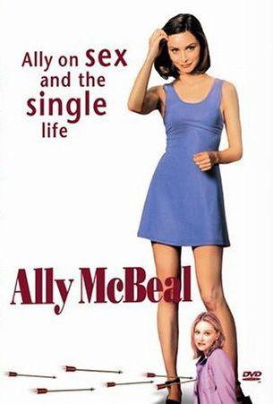 Ally McBeal (1997)  |  Ally McBeal, prawniczka z Bostonu, która nie dość, że nie może trafić na Tego Właściwego, to jeszcze po drodze musi się użerać nie tylko z niewłaściwymi facetami, ale z rodzicami...