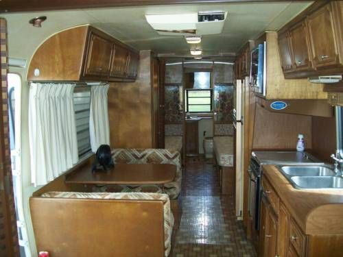 1981 Avion 34 Foot Triple Axle.