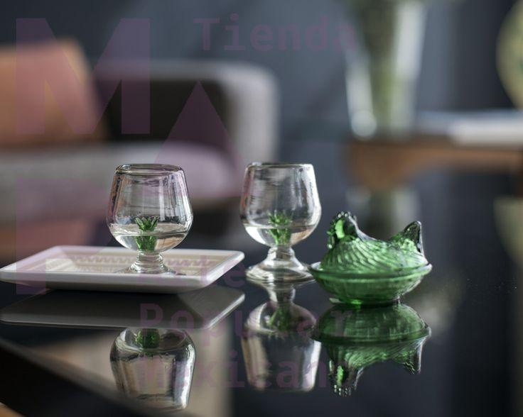 #Copas para #tequila de vidrio soplado, Tonalá Jalisco. Gallinita de #vidrio #reciclado prensado. Puebla.
