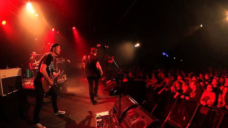 """The Screaming Jets - """"Better"""" Live at the Metro"""