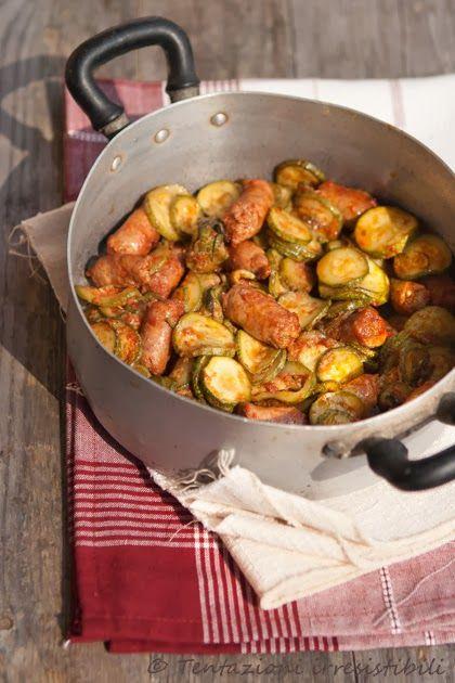 Tentazioni irresistibili: Padellata piccante di salsiccia e zucchine
