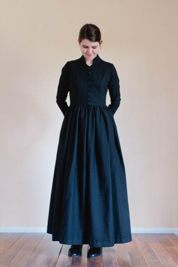 Plain Travel Dress - Winter Dress linen wool prairie Dress Made to Measure Modest Dress - Christian dress Mennonite dress reenactment dress