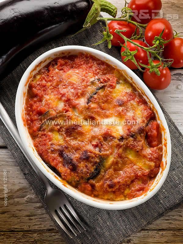 Eggplant parmigiana | Apulia recipe It is a very rich parmesan with sausage or mortadella in tomato sauce too ;))
