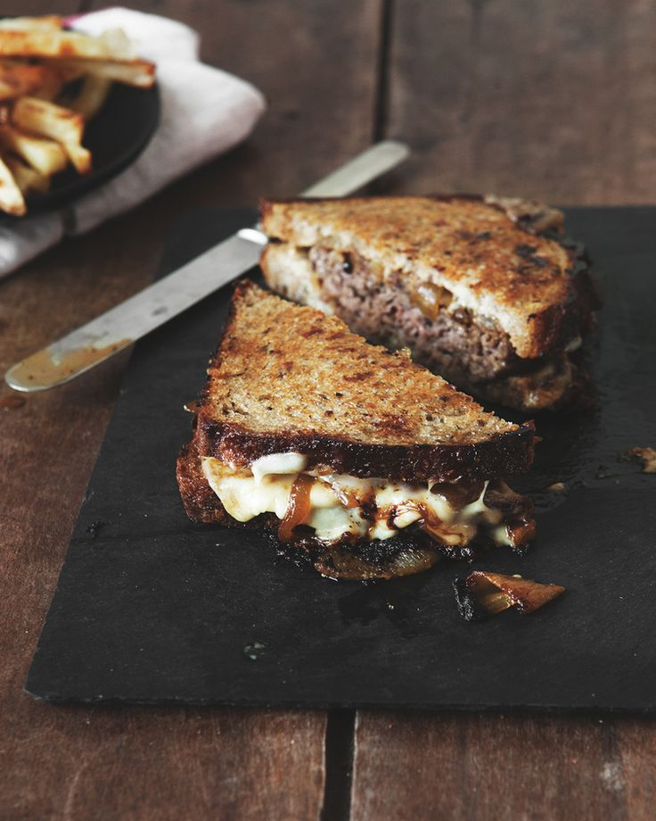 PATTY MELT WITH BEER CARAMELIZED ONIONS + COOPER SHARP CHEESE