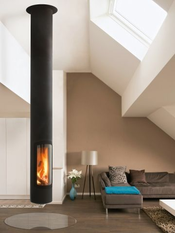 Une cheminée suspendue ultra moderne - Des cheminées de toutes les fomes