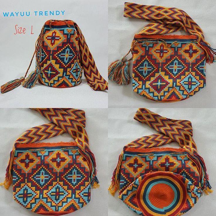 9 отметок «Нравится», 1 комментариев — WayuuBagTrendy (@wayuutrendy) в Instagram: «✔✔พร้อมส่ง✔✔ Size L 5 สี ความสูงประมาณ 11 นิ้ว กระเป๋า wayuu นำเข้าจากโคลอมเบีย …»