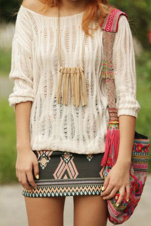 Adorable sweater and skirt....... SIIIIIIIII!!!!!!..... ;)