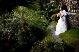 Wedding by Oasis Weddings at Casa Maravilla.  http://www.manuelantoniovacationrentals.com/properties/villa-1