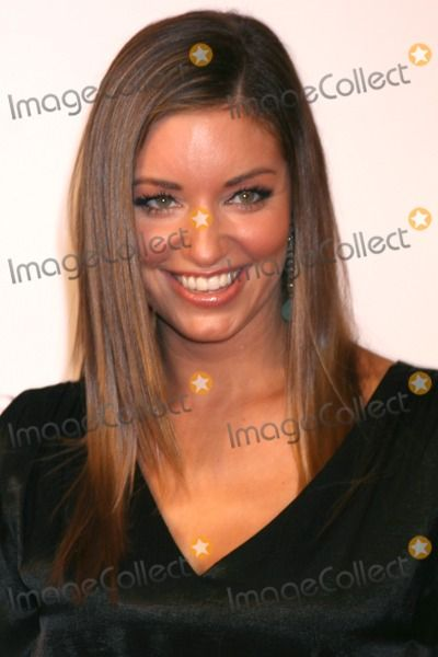 Bianca Kajlich Photo - Bianca Kajlich  arriving at the 11th Annual Lili Claire Foundation Benefit Dinner  Concert Gala  at the Santa Monica Civic Center  in Santa Monica  CA onOctober 4 2008