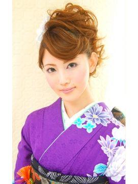 和装にもありのちょっとだけモヒカン。おしゃれ感度の高い女性のソフトモヒカンを集めました!