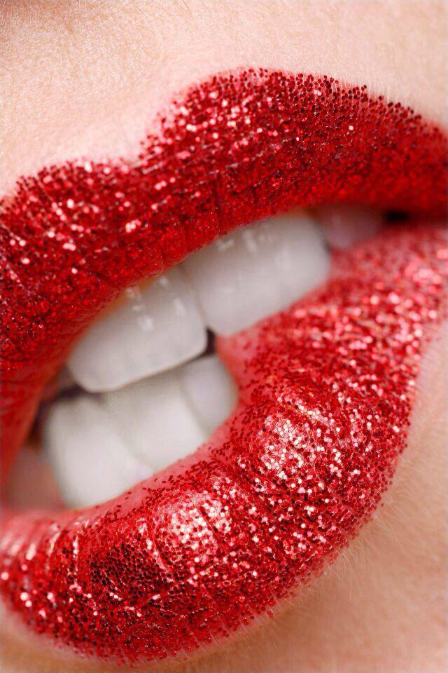 Картинка красивые красные губы
