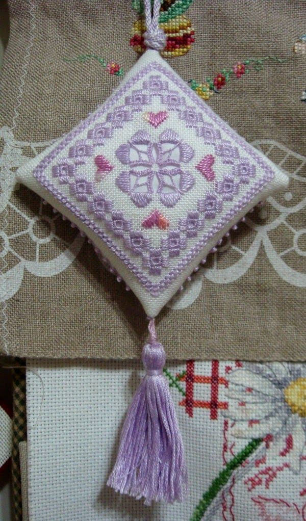 25+ best ideas about Hardanger Embroidery on Pinterest ...