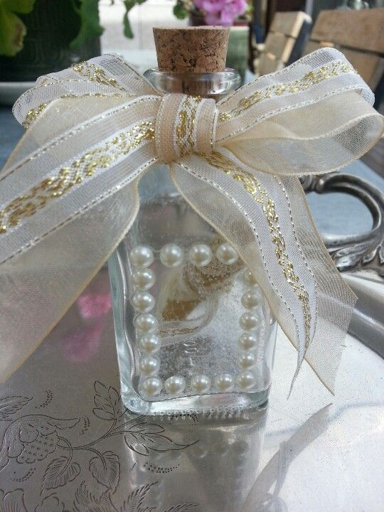 Gold Collection message in a bottle wedding favors (for sale on Etsy/Condessa Carlota)