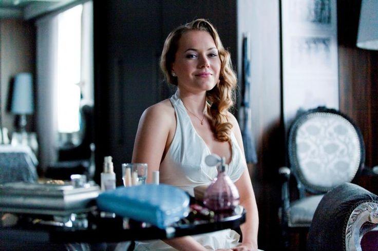 W apartamencie dla nowożeńców w Hotelu 52 trwają przygotowania do ślubu Marty (Magdalena Lamparska)