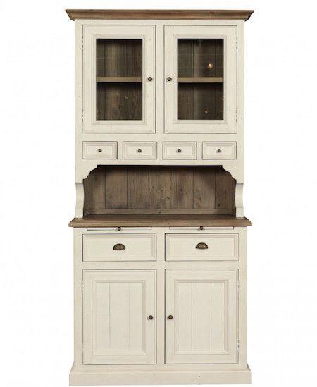 Cabinetul Westerly ne poarta in timp prin designul clasic si accentele Vintage! #SomProduct #vintage #clasic #line #design #inerior #home