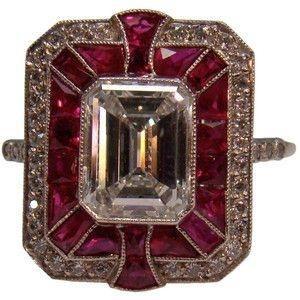 Art Deco rubi e anel de diamante em platina
