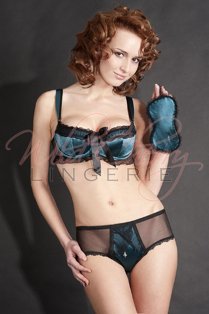 Karmen Green-- Balconette Bra The Karmen balconette bra is a sight to behold. Green and black bra is accented by a large satin bow, perfect for those times when you want to feel sexy and sultry. This bra never deviates from sexy but also strives to be comfortable. The foam-backed cups are removable. Pair this with a sexy pair of Karmen knickers and you will have to fight off your admirer with a stick (or let him have his way .. that's your call!).