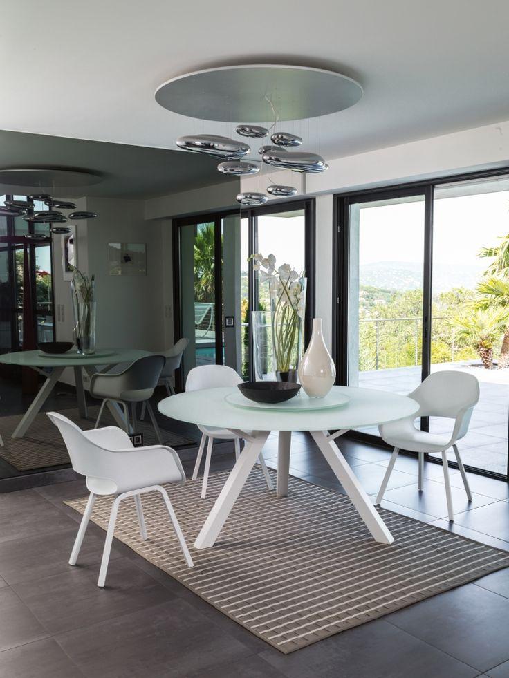 Oltre 25 fantastiche idee su tavoli da pranzo rotondi su - Tavoli rotondi da esterno ...