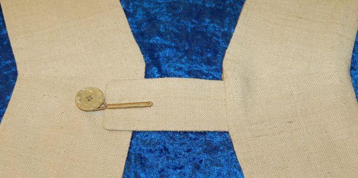 Deacon's Stole, button loop closure tab 1.15.17