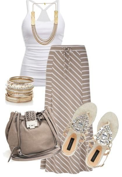 Again, I love this outfit minus the shoes. Lol!