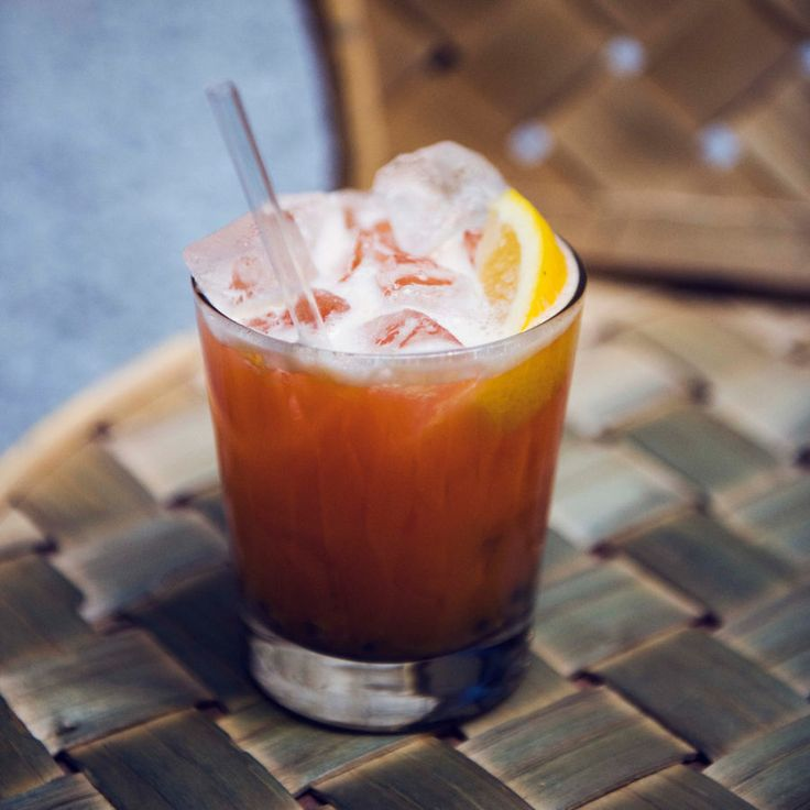 Monza: Campari, vodka och äppeljuice