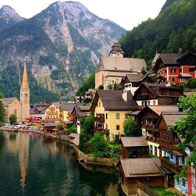 Hallstatt • Austria