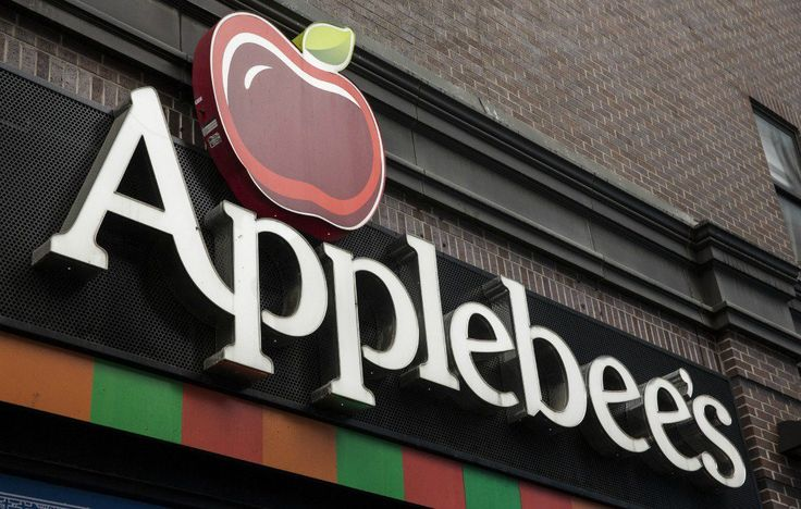 The 8 Best Dishes At Applebee's, According To Nutritionists  http://www.womenshealthmag.com/food/applebees-healthy-food?utm_campaign=Recipe
