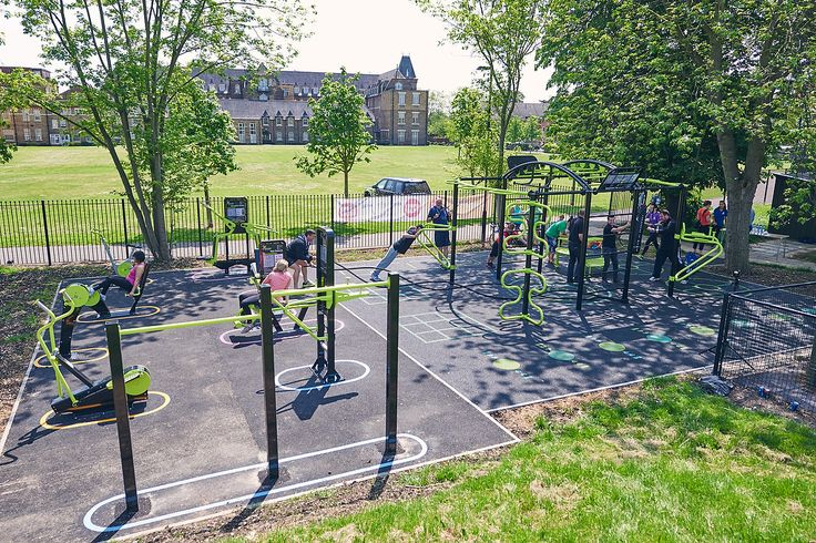 The Great Outdoor Gym Company - Osterley Park, Hounslow, ENGLAND - The new Rig                                                                                                                                                                                 More