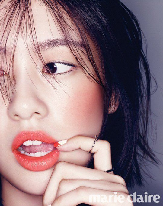 Jung So Min breaks free from mundane makeup styles in 'Marie Claire' | allkpop.com
