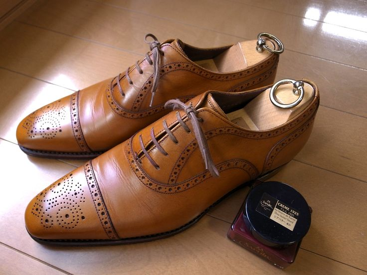 Union Imperial Shoes. Natural Brown cared with Saphir Noir Creme1925 Hermes Red.