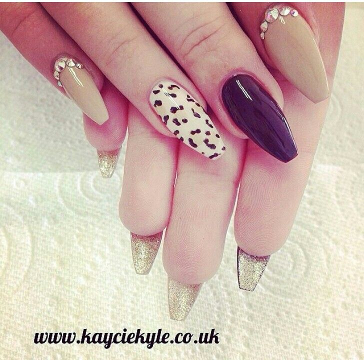 ballerina pointed nails