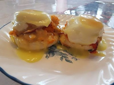 My Countryfried Life: Lobster Eggs Benedict