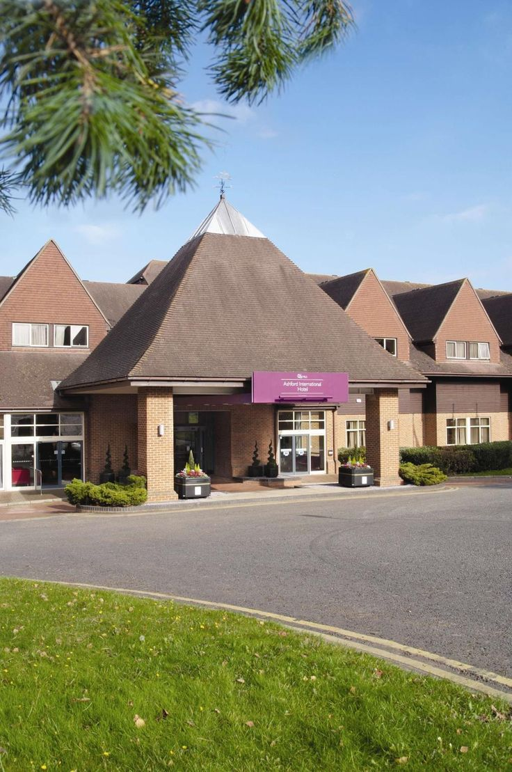 Ashford Ashford International Hotel - QHotels United Kingdom, Europe Set in a prime location of Ashford, Ashford International Hotel - QHotels puts everything the city has to offer just outside your doorstep. The hotel offers guests a range of services and amenities designed to provide comfort and convenience. Free Wi-Fi in all rooms, fax machine, grocery deliveries, photocopying, taxi service are on the list of things guests can enjoy. Designed for comfort, selected guestroom...