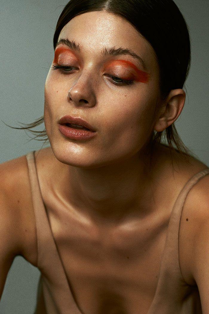 Larissa Hofmann by Sebastian Sabal-Bruce (Red+) for Models.com. Skin again with burnt orange eye brush strokes.