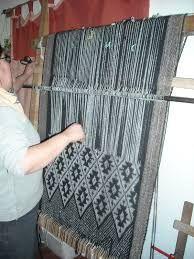 Resultado de imagen para artesania mapuche tejidos