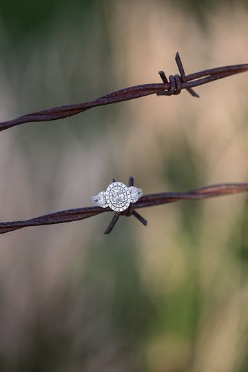 country wedding ring <3