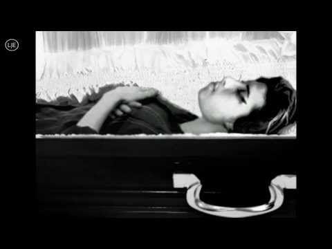 Amy Winehouse Death Photo