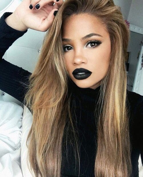 How to pull off black lipstick!                                                                                                                                                     More
