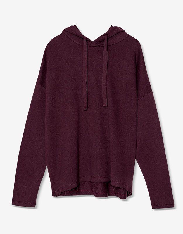 http://www.pullandbear.com/pl/pl/dla-niej/wyprzedaż/odzież/bluzy-sportowe/bluza-z-kapturem-basic-c29018p500045511.html
