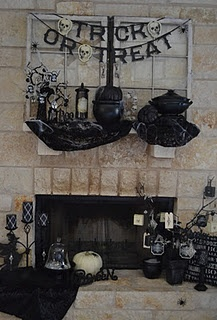 halloween mantel decor from 2011 - Halloween Mantel Decor