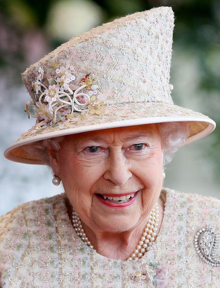 1671 Best Queen Elizabeth 39 S Hats Images On Pinterest The