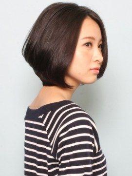 40代向け髪型ショートボブ丸顔を小顔に見せるスタイル10選 | ショートヘア、ショートボブ、髪型総合情報 B-cafe