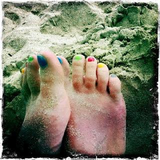 happy feet @ klong dao beach