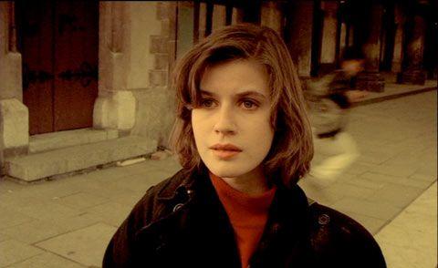 Irene Jacob in 'The Double life of Veronique(1991)'