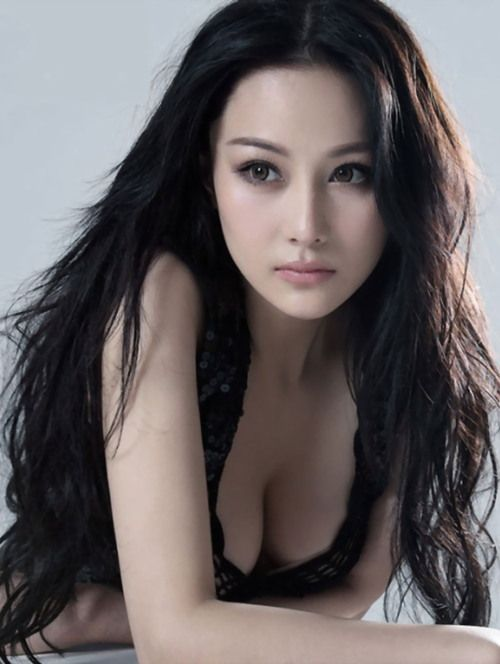 zhang xin yu. Beautiful Women With Amazing Long Hair: Posted by Ciao Bella and Venus Hair Extensions